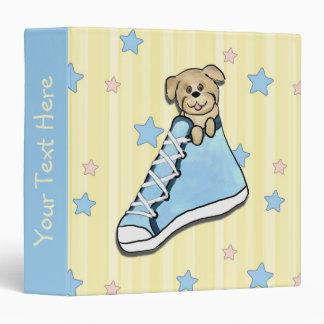 Perrito en una carpeta azul del libro de recuerdos