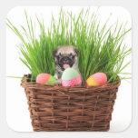 Perrito feliz del barro amasado de Pascua Pegatina Cuadrada