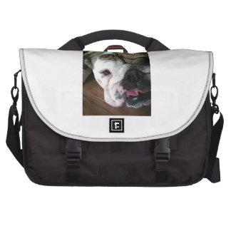 Perrito inglés del dogo bolsas de ordenador