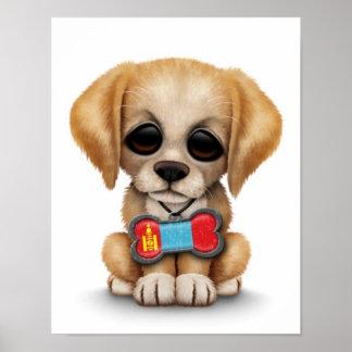 Perrito lindo con la placa de identificación mongo poster