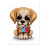 Perrito lindo con la placa de identificación mongo tarjeta postal