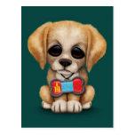 Perrito lindo con la placa de identificación mongo tarjetas postales