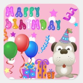 Perrito lindo del feliz cumpleaños con rosa de la pegatina cuadrada