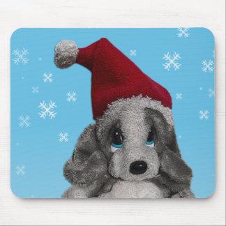 Perrito lindo del navidad en el gorra de Santa Alfombrillas De Raton