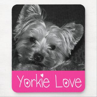 Perrito Mousepad de Yorkshire Terrier del amor Alfombrillas De Ratones