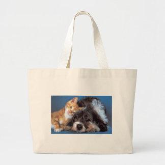 Perrito y gatito del Snuggle Bolsa De Mano