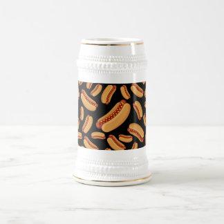 Perritos calientes negros jarra de cerveza