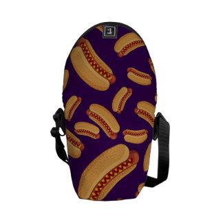 Perritos calientes púrpuras bolsa messenger