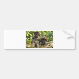 Perritos del pastor alemán etiqueta de parachoque