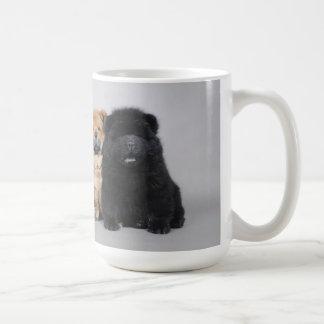 Perritos del perro chino de perro chino taza clásica