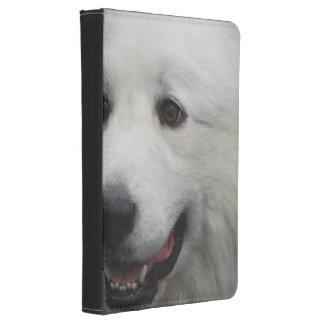 Perro adorable de los grandes Pirineos Funda De Kindle