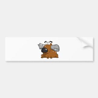 Perro-asimiento-periódico-en-boca Etiqueta De Parachoque