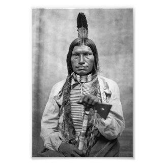 Perro bajo - foto del vintage del nativo americano fotografías