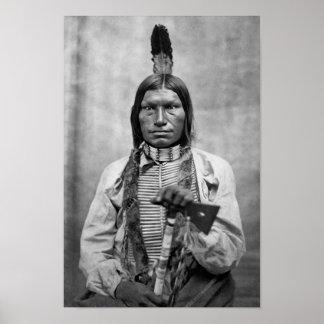Perro bajo - foto del vintage del nativo americano póster