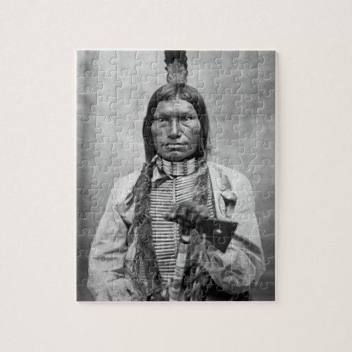 Perro bajo - foto del vintage del nativo americano puzzles