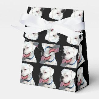 Perro blanco del boxeador caja para regalos de fiestas