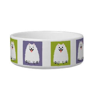 Perro blanco divertido del dibujo animado de comedero para mascota