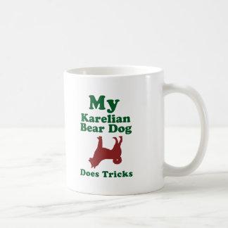 Perro carelio del oso taza básica blanca