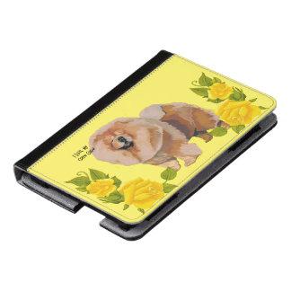 Perro chino de perro chino con los rosas amarillos