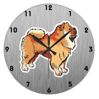 Perro chino de perro chino; mirada del metal reloj