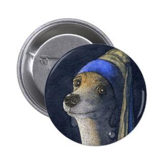 Perro con un pendiente de la perla pin redondo 5 cm