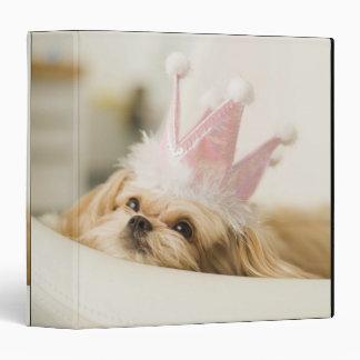 """Perro con una corona carpeta 1 1/2"""""""