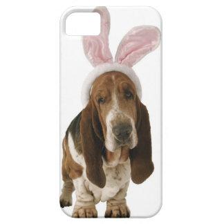 Perro de afloramiento con los oídos del conejito iPhone 5 Case-Mate fundas