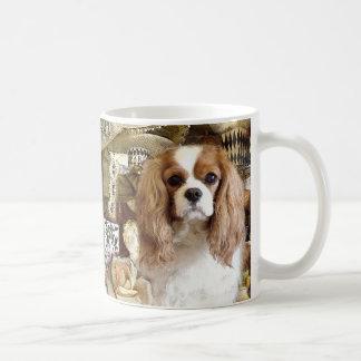 Perro de aguas de rey Charles arrogante Taza De Café