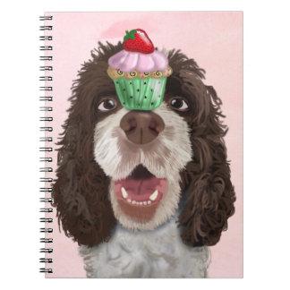 Perro de aguas de saltador con la magdalena 2 spiral notebook