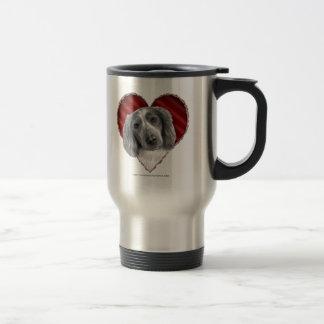 Perro de aguas de saltador galés con el corazón taza de viaje
