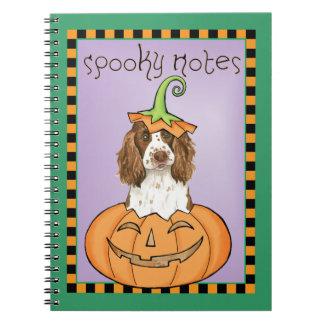 Perro de aguas de saltador inglés de Halloween Libros De Apuntes Con Espiral