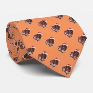 Perro de aguas marrón lindo en la diversión del corbata personalizada