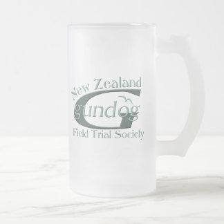 Perro de arma de Nueva Zelanda Taza Cristal Mate