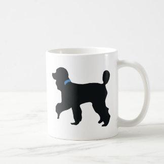 perro de caniche taza de café