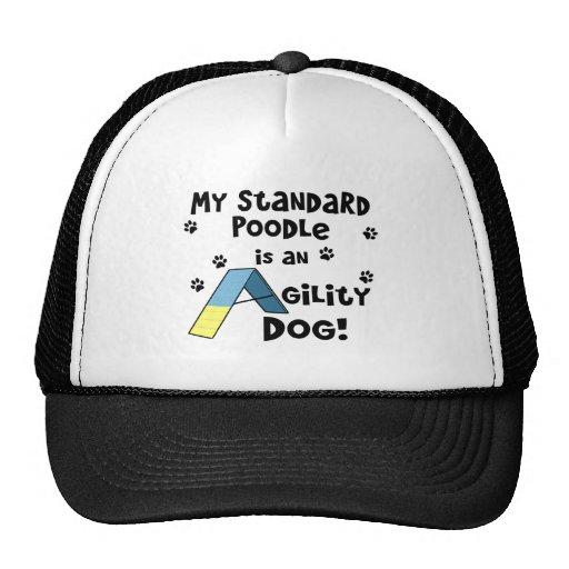 Perro de la agilidad del caniche estándar gorras de camionero