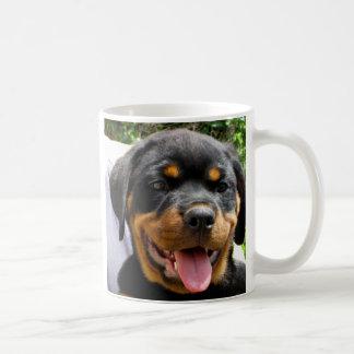 Perro de la cara del perrito de Rottweiler lindo Tazas