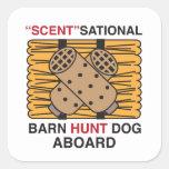 Perro de la caza del granero del Olor-Sational Calcomanías Cuadradas