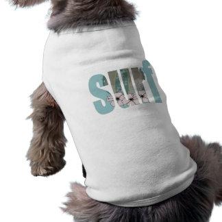 perro de la persona que practica surf camiseta de perrito
