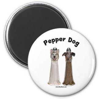 Perro de la pimienta y perro salado imán redondo 5 cm