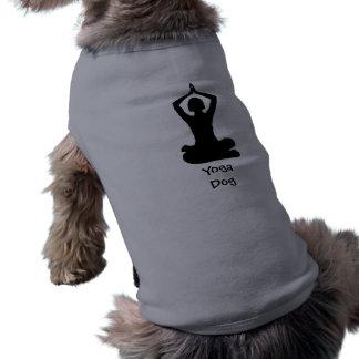 Perro de la yoga playera sin mangas para perro