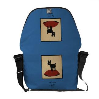 Perro de mirada divertido impar - ejemplo de libro bolsas de mensajeria