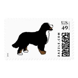 Perro de montaña de Bernese Triclolor Timbre Postal