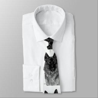 Perro de pastor alemán corbata fina