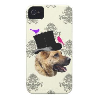 Perro de pastor alemán divertido iPhone 4 coberturas