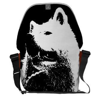 """Perro de perrito """"blanco y negro"""" monocromático de bolsas de mensajería"""