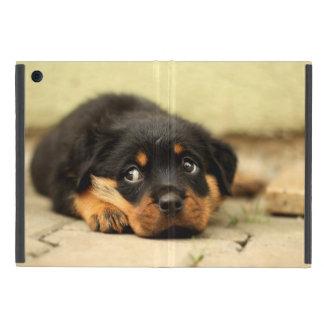Perro de perrito de Rottweiler curioso iPad Mini Carcasa
