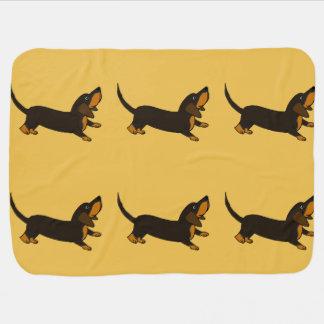 Perro de perrito juguetón del Dachshund divertido Mantita Para Bebé