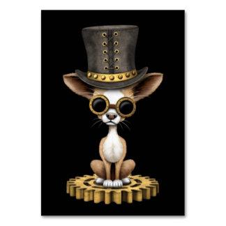Perro de perrito lindo de la chihuahua de Steampun