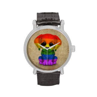 Perro de perrito lindo del orgullo gay del arco reloj