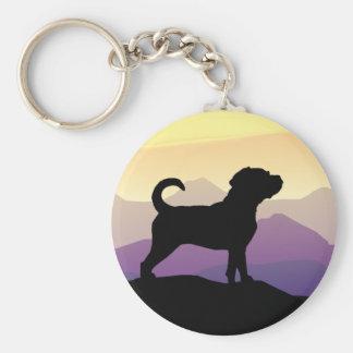 Perro de Puggle de las montañas púrpuras Llavero Redondo Tipo Pin